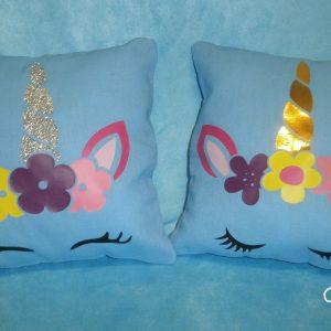 Coussin bleu licorne